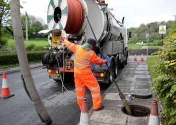 promyvka kanalizatsionnyh livnevyh setej 1 350x250 1